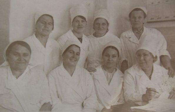 femme au travail infirmières